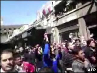 Manifestações contra governo na Síria