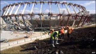 Будівництво стадіону в Києві