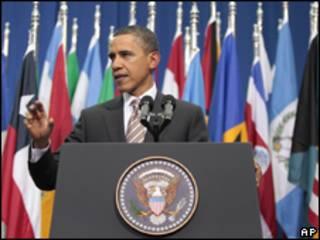 Obama em discurso em Santiago