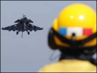 Avião francês/Reuters