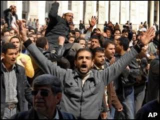 تظاهرات اعتراضی در مسجد دمشق