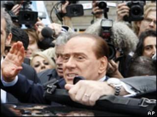 Berlusconi, após audiência nesta segunda-feira