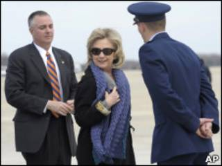 Hillary Clinton, na base Andrews, nos Estados Unidos