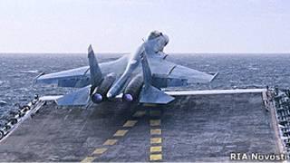 Российский палубный истребитель Су-33
