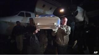 جنازات قتلى الهجوم على مبنى الامم المتحدة في مزار الشريف