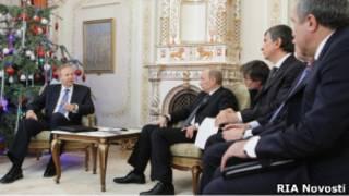 Российский премьер Владимир Путин и глава BP Робертом Дадли