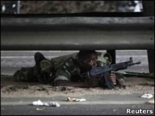 Soldado leal a Ouattara