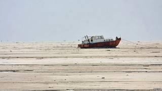 دریاچه ارومیه در حال خشک شدن است