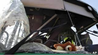 Израильский автобус, пострадавший в результате обстрела из Газы