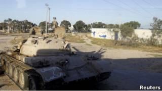 Танк в Ливии
