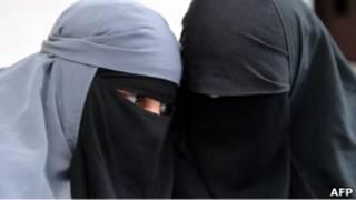 زنان برقه پوش