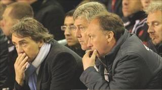 Roberto Mancini (đầu tiên, từ trái)