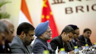 Премьер-министр Индии на переговорах с председателем КНР Ху Цзиньтао