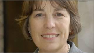 威爾士議會的高教事務顧問泰萊莎·利斯(Teresa Rees)教授