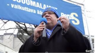 """Лидер партии """"Истинные финны"""" Тимо Соини"""