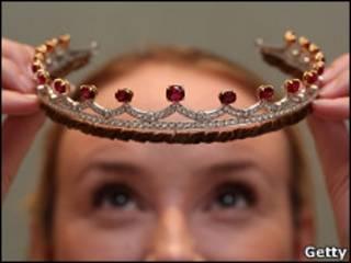 Garrard公司制作的皇冠