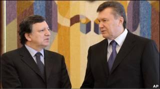 Жозе Баррозу і Віктор Янукович на переговорах у Києві