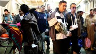 Người bị thương sơ tán khỏi Misrata
