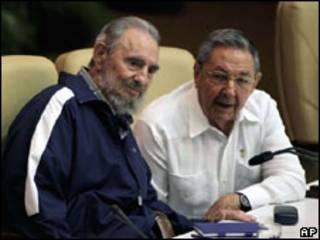 Fidel và Raul Castro