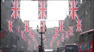 摄政街上的庆婚国旗