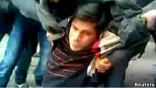 Раненый демонстрант в Хомсе