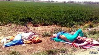 دو بیمار بستری رها شده در حاشیه اتوبان خلیج فارس تهران