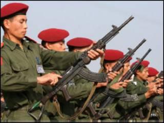 ကချင်လွတ်လပ်ရေး တပ်မတော်မှစစ်သားများ