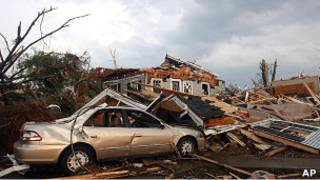 Kehancuran di Tuscaloosa