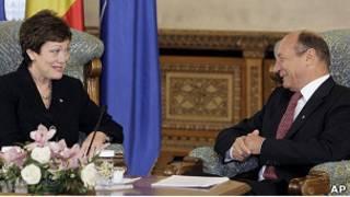 Президент Румынии и представитель госдепа США
