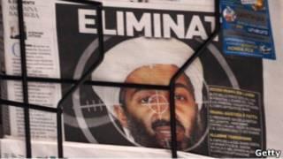 Primera plana de un diario con foto de Bin Laden