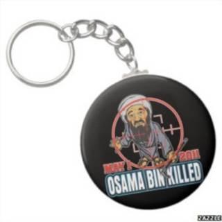 Salah satu suvenir bertema Osama tewas yang dijual di internet