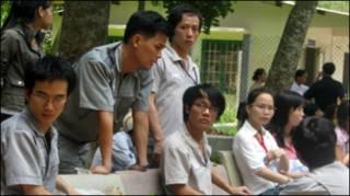 Công nhân Kum Ho chờ tin điều ra vụ ông Nguyễn Công Nhựt