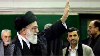 محمود احمدی نژاد، آیت الله خامنه ای