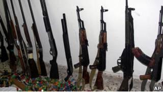 Оружие, конфискованное сирийскими властями в Баниясе