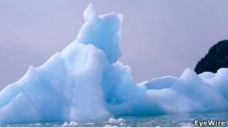 Ледяные торосы в Арктике