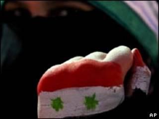 Manifestante anti-Assad na Jordânia (Foto: AP)
