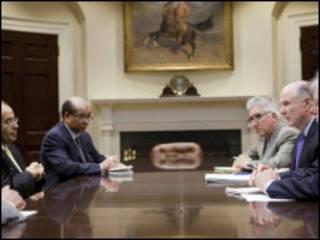 लीबिया के विद्रोहियों की अमरीका में मुलाक़ात
