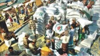 Bangladesh adalah negara produsen dan sekaligus konsumen beras