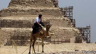 Pirámides en Saqqara