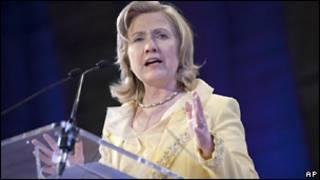 Хиллари Клинтон в Париже