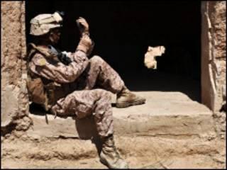 एक अमरीकी सैनिक (फ़ाइल फ़ोटो)