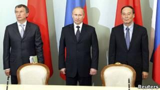 Игорь Сечин, Владимир Путин и Ван Цишань