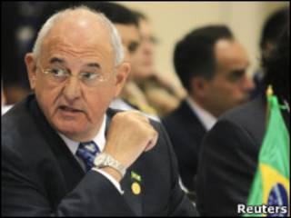 O ministro da defesa, Nelson Jobim.
