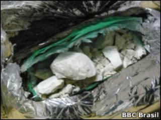 Pedras de oxi.   Foto: Paulo Cabral / BBC