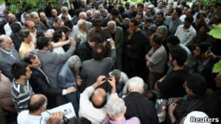 Церемония похорон Эзатоллы Сахаби
