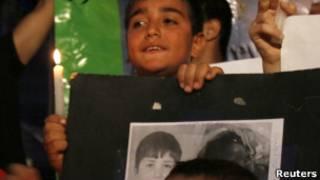 کودک سوری در راهپیمایی مخالفان دولت