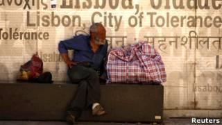 Morador de rua em Lisboa (Reuters)