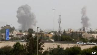 Взрывы в Триполи