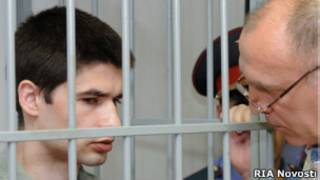 Илья Галкин (слева) в Краснодарском краевом суде