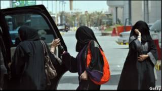 Жінки Саудівської Аравії хочуть водити авто